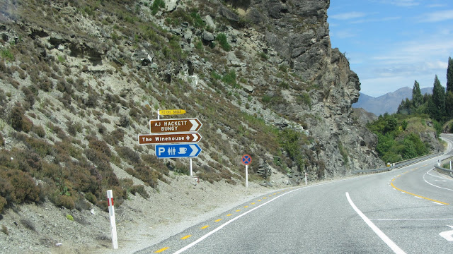 The turnoff from New Zealand's Gibbston Highway for AJ Hackett's Kawarau Bridge Bungy.