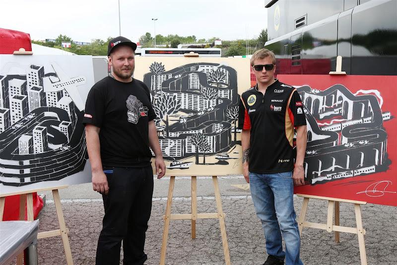 Кими Райкконен и оригинальные рисунки схем трасс Формулы-1 на Гран-при Испании 2013