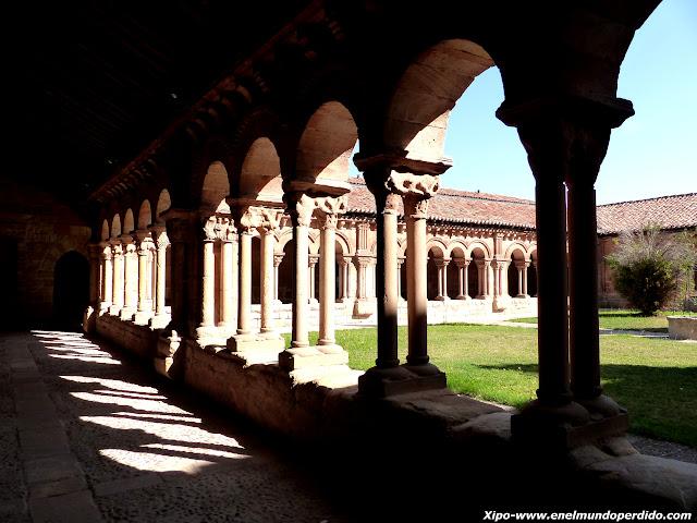 claustro-concatedral-soria.JPG