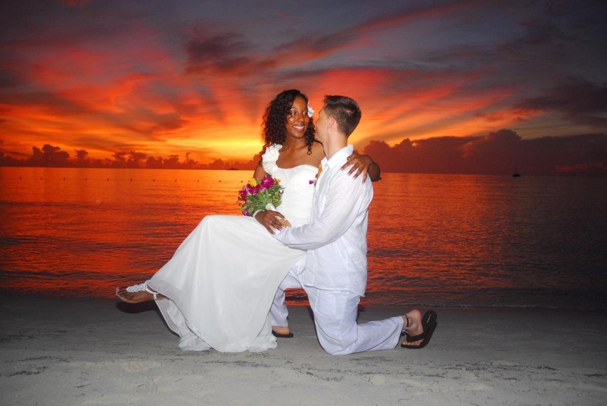 Beach & Sunset Weddings