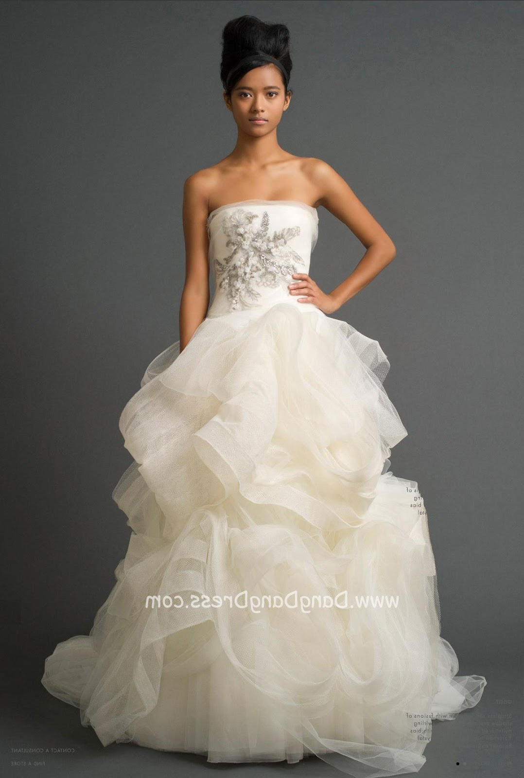 Home   Wedding Dress   Vera