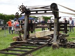 2015.06.28-002 machine à couper du bois