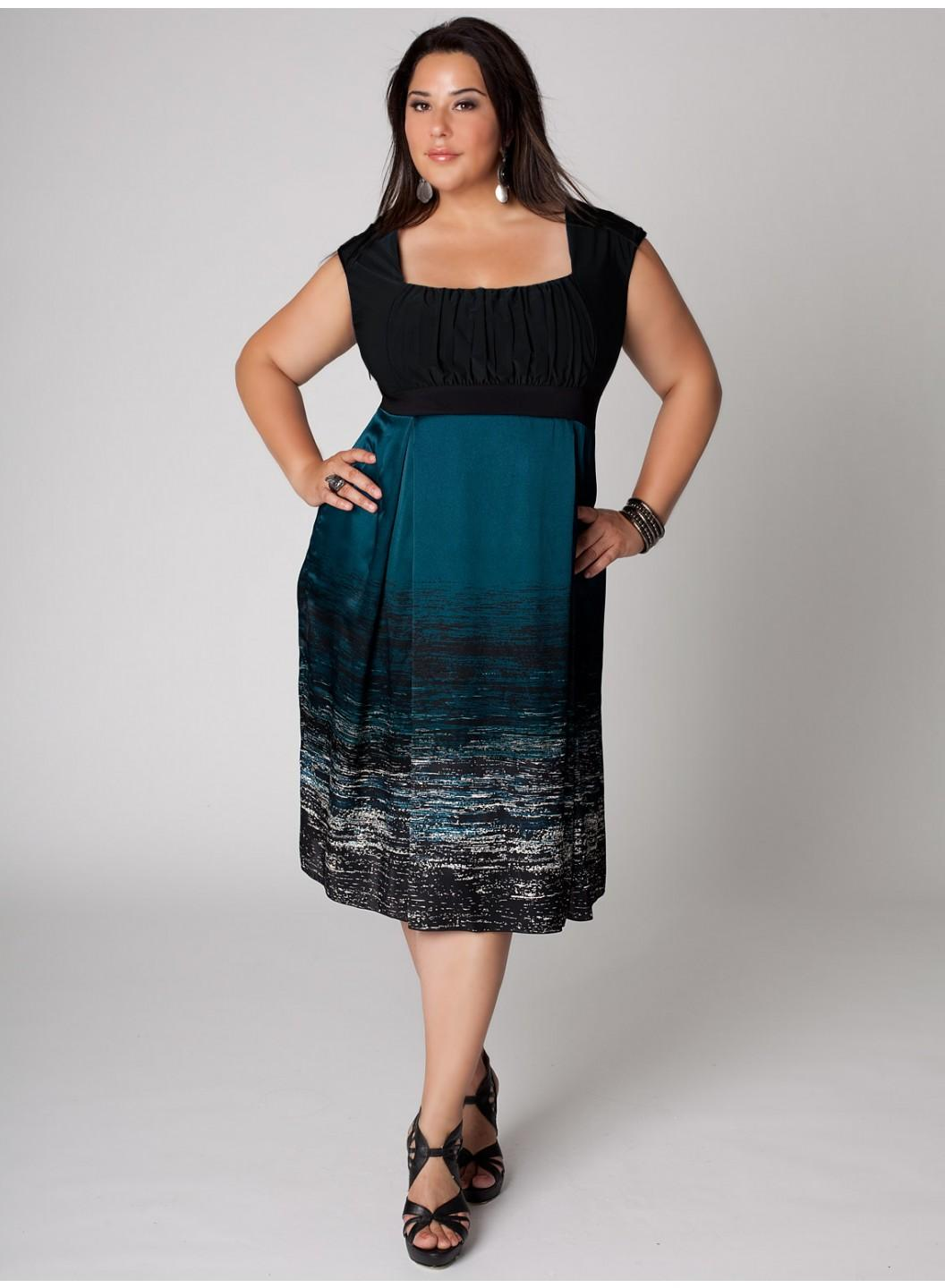 Martina Dress in Marine Teal