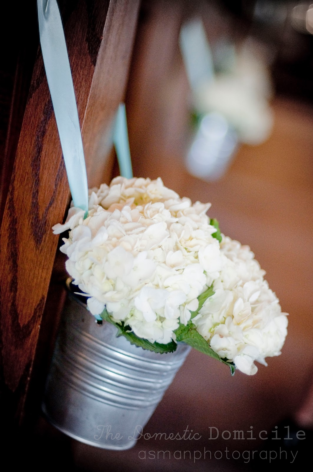 Wedding Decoration: Pew Decor