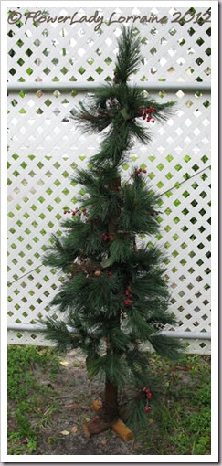 09-04-found-chritsmas-tree