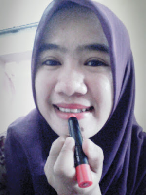 Mosture Boost Lipcolor Balm SILKYGIRL