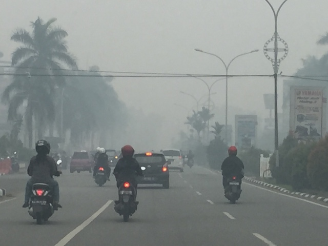 Haze Situation on Ayani Road, Pontianak, Indonesia September 2015