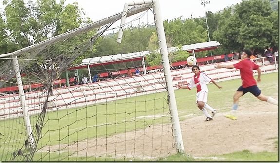 Ajax de Taxco contra Rojos del San Miguel-semifinal de Veteranos (1)