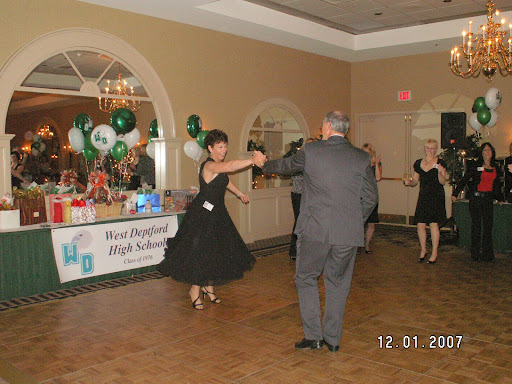Kathy Yeager dances like a star!!!!!!!!!!