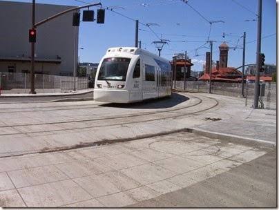 IMG_6062 TriMet MAX Type 4 Siemens S70 LRV #407 at Union Station in Portland, Oregon on May 9, 2009