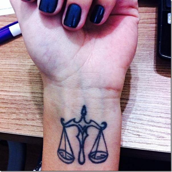 ingridsantos - Minha idade 22 anos, moro em Guaratinguetá-SP, cursando o último ano da faculdade de direito no Unisal Lorena-SP, aprovada no XVI Exame da Ordem , mais uma apaixonada pelo direito Emoticon smile