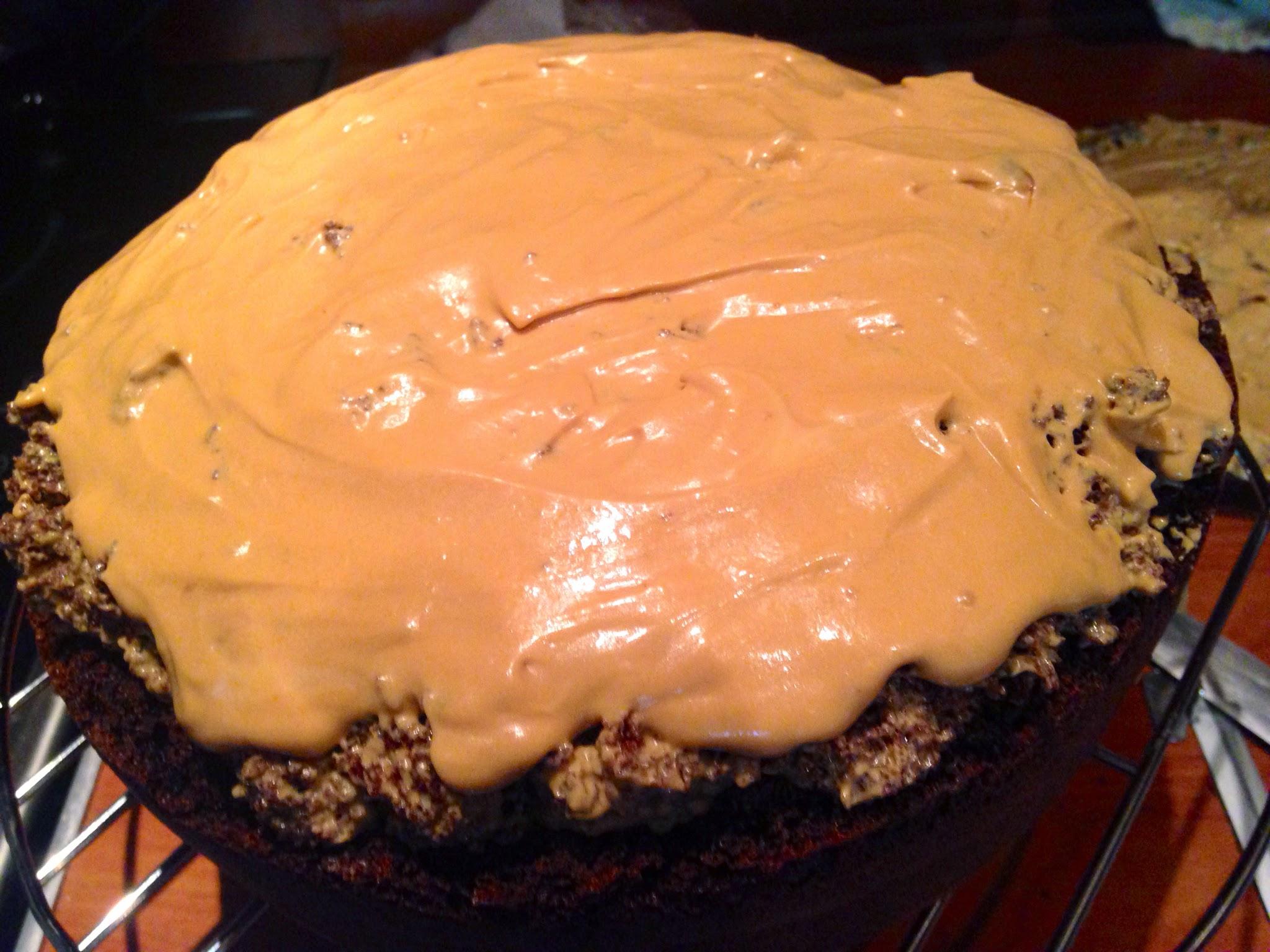 Пирог с черной смородиной и безе рецепт