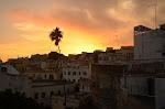 zachód słońca z tarasu na dachu mojego hostelu