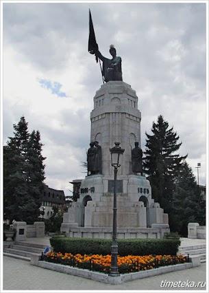 Монумент Мать Болгария