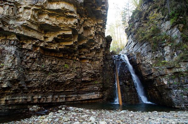 карпаты бухтивецкий водопад