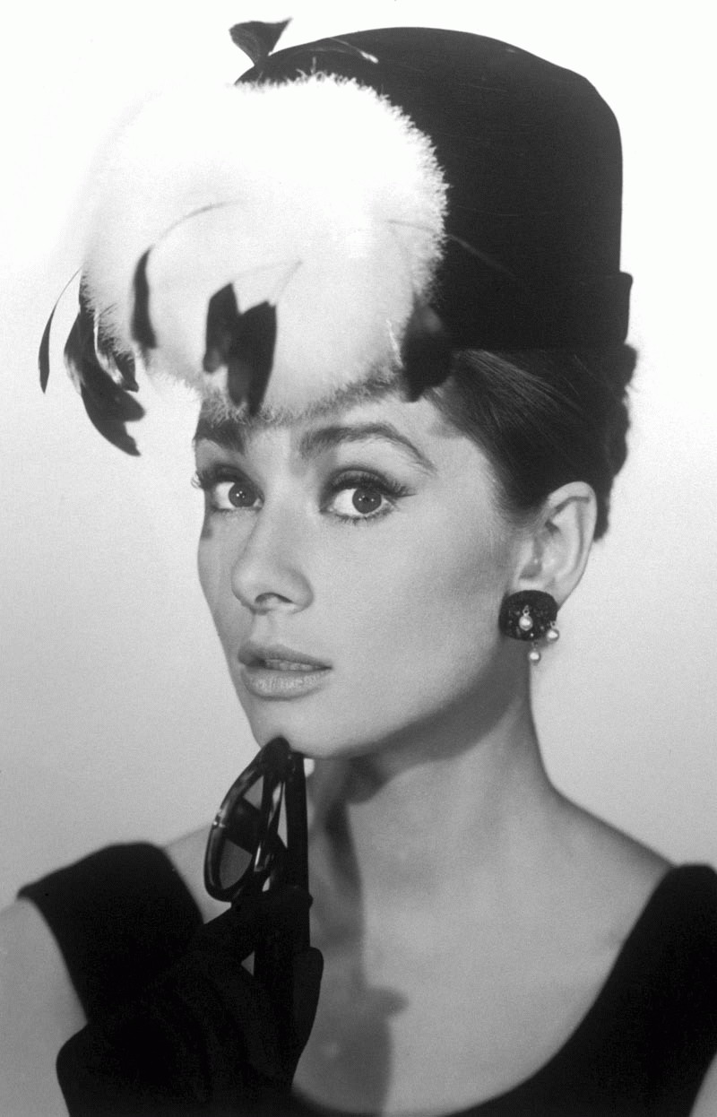 -THE LEGEND - Audrey Hepburn -