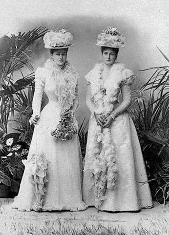 Alejandra-y-su-hermana-Isabel