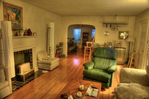 wohnzimmer mit grünstich