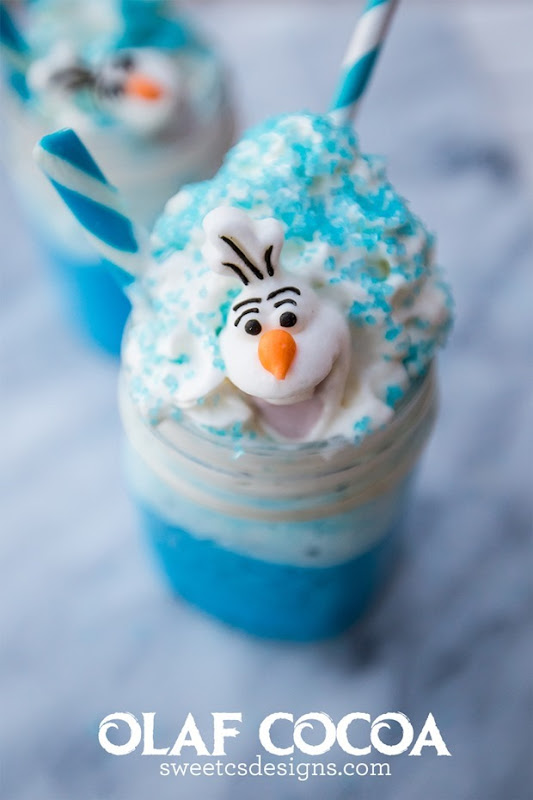 I-love-this-blue-tinted-white-chocolate-cocoa-complete-with-Olaf-candies-