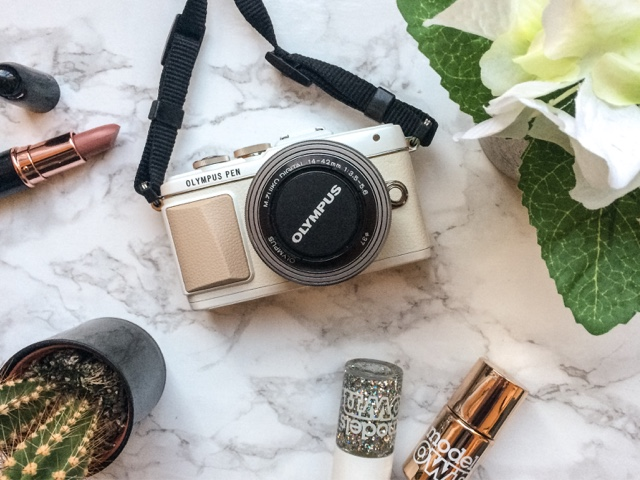 Olympus-PEN-E-PL7-Test-and-Wow-Scheme-Park-Cameras-blogger-camera-olympus-pen-discount