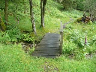 Bridge on path to Yew Tree Tarn