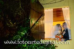 Album (digital) de fotos de Sarita e Luciano do estudio Foto Arte Digital, de Itaborai, RJ, que faz fotografia de casamentos (fotos de casamento), fotos de aniversario (fotografia de aniversario), fotos de 15 anos, fotos de criancas (fotografia infantil), fotos de eventos sociais, videos de casamento, videos de 15 anos, videos de making-of, videos de aniversario, video infantil (video de criancas) e videos de eventos sociais. Fotojornalismo e videojornalismo em Itaborai, RJ.