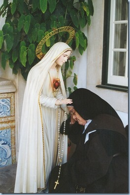 Statue of Our Lady of Fatima. Lucia Fatima Seer