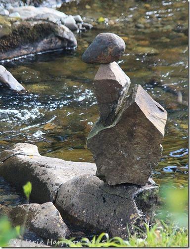 12-balanced-stones