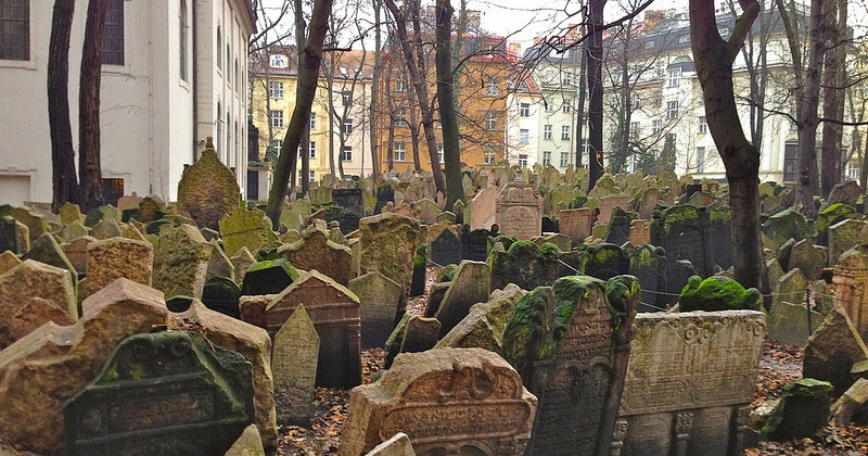 jewish singles in prague Meet thousands of jewish singles in prague with mingle2's free jewish personal ads and chat rooms our network of jewish men and women is the perfect place to make jewish friends or find a jewish boyfriend or girlfriend.