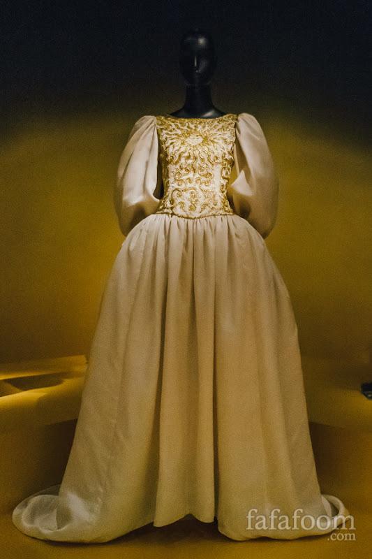 Oscar de la Renta, Wedding dress, Spring 1982.