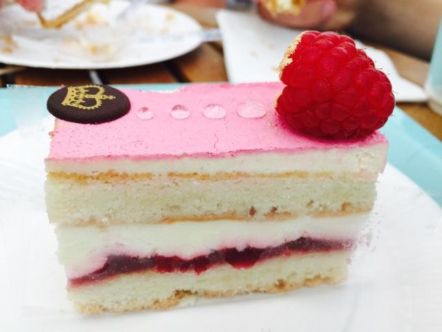 Pink raspberry cake at the Buckingham Palace cafe