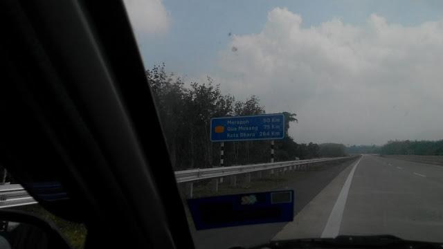 Jalan ke Gua Musang