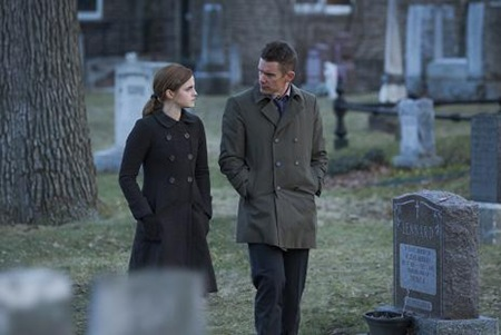 Emma Watson and Ethan Hawke in Regression