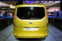 2013-Ford-Tourneo-Connect-5