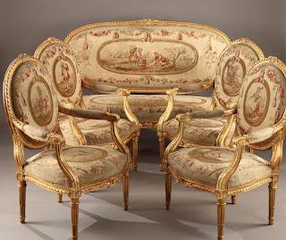 Антикварный мебельный гарнитур ок.1850 г. Софа, четыре кресла. Дерево, резной позолоченный декор, гобелен.