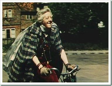 Margaret-Rutherford-in-Blithe-Spirit-1945-Portraying-Madame-Arcati-dame-margaret-rutherford-19734001-640-480