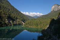 Von Longarone zum Passo Duran (1601m). Am Stausee Lago di Pontesei.