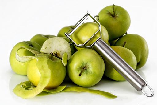 Diabetics, an apple a day actually keep the Doctor away?
