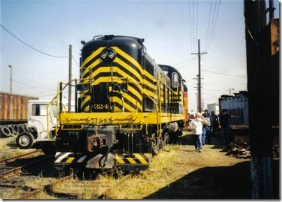 02 Nickel Plate Road Alco RSD-5 #324 at the Brooklyn Roundhouse in Portland, Oregon on August 25, 2002