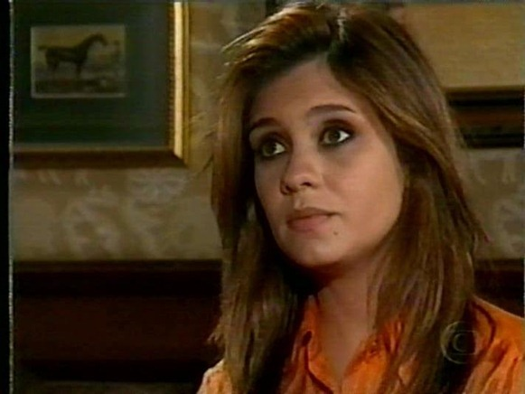 Adriana Esteves in A Indomada