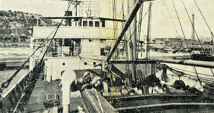 Detalle de la cubierta del SAC 6º. De la revista Vida Nautica. Año 1928.jpg