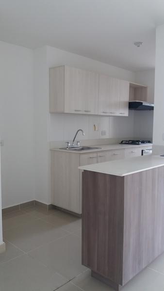 apartamento en arriendo prados de sabaneta 679-18165