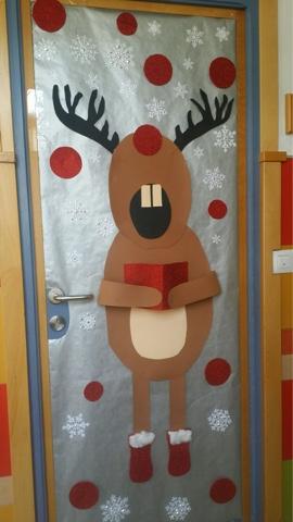 Decoracion de puertas colegio t de puerta decoracin y for Decoracion de navidad para ventanas y puertas