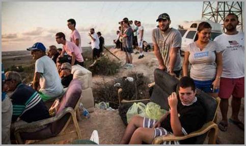 judeus-assistindo-exterminio-gaza