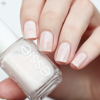 Essie-Ballet-Slippers-Swatch-Review-3