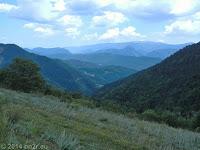 Ostrampe des Col de Trébuchet (1141 m) Richtung Col de Saint Raphael (876 m) und zurück ins Tal der Var.