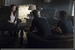 vampire-diaries-season-7-mommie-dearest-photos-5