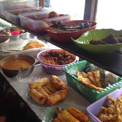 Maniak Makan Lauk Nasi Uduk Abi Benhil