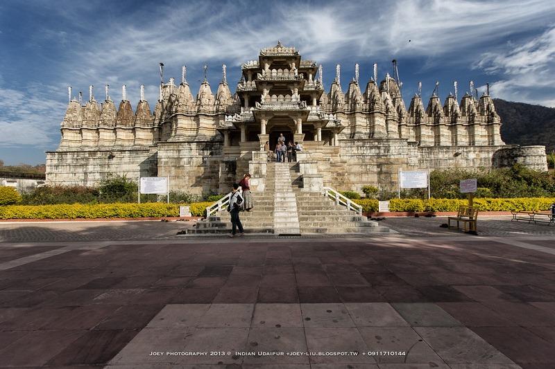 Ranakpur-Jain-Temple-6