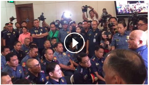 Image of WATCH: Policemen in the drug list of President Duterte got a verbal beating from a fuming mad PNP chief Dir. Gen. Ronald Bato De la Rosa when they surrendered to their commander Monday morning.